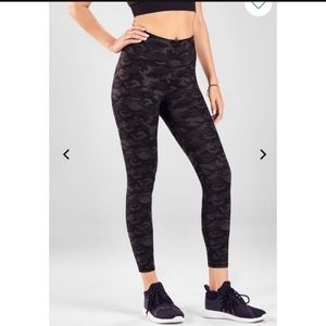 Fabletics High wasted 7/8 leggings